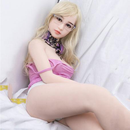 sexpuppe silikon nackt