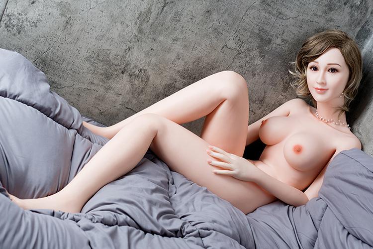 sex dolls Sexpuppe