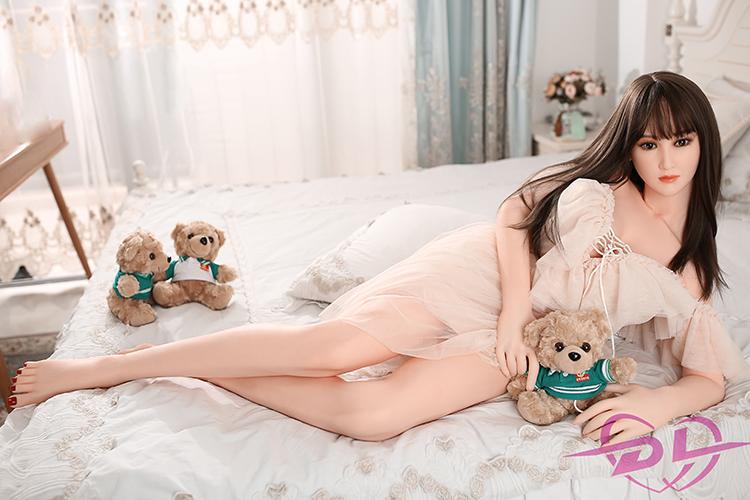 146CM DL Doll Kurve große Brüste Yiyi